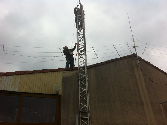 Antenne HF LZA 9-6 / F5BQU - Site du Radio Club F6KFT